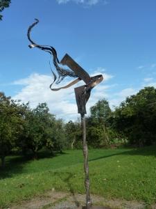 Fischshwarm recycling Skulptur